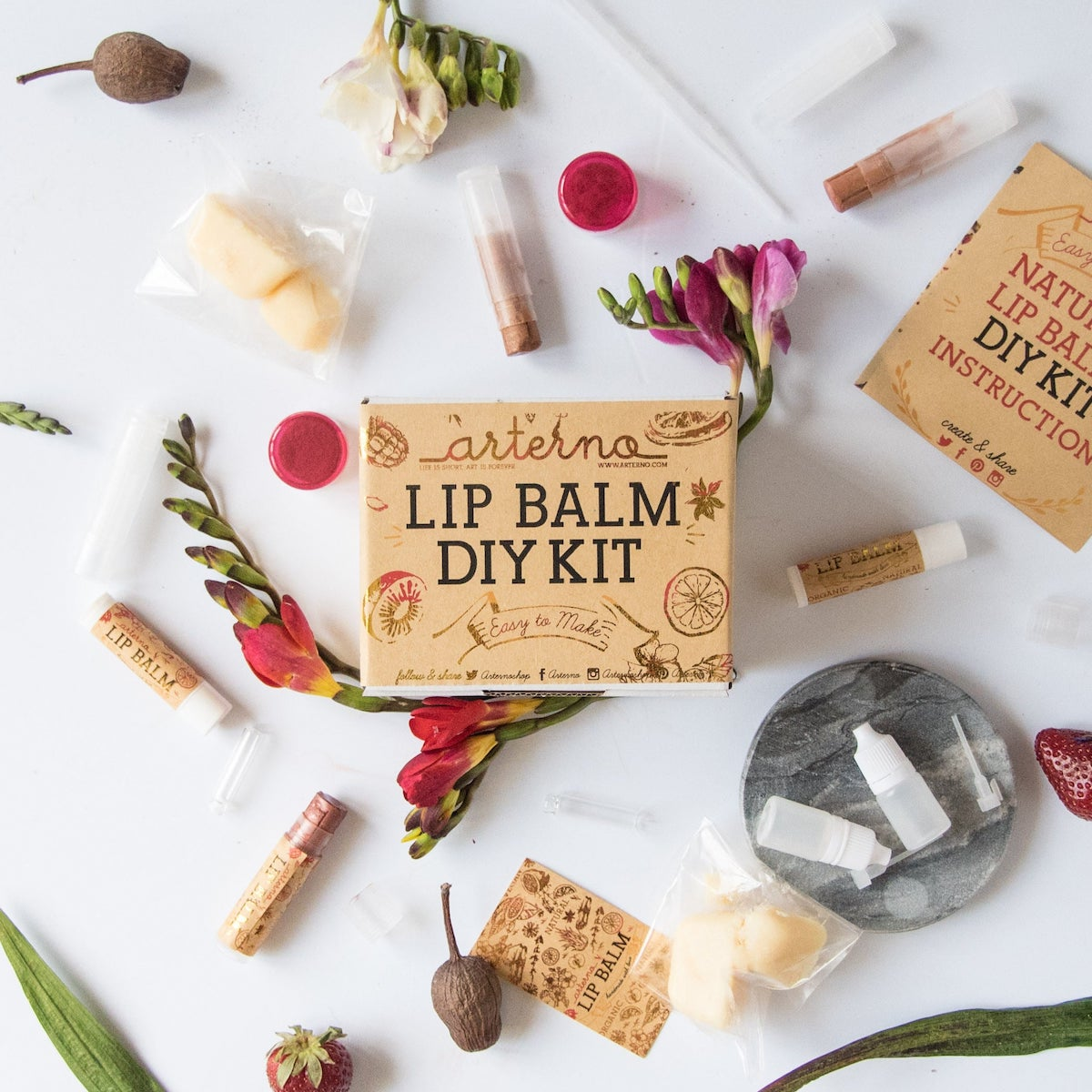 Etsy Gift Guide - DIY Lip Balm Kit
