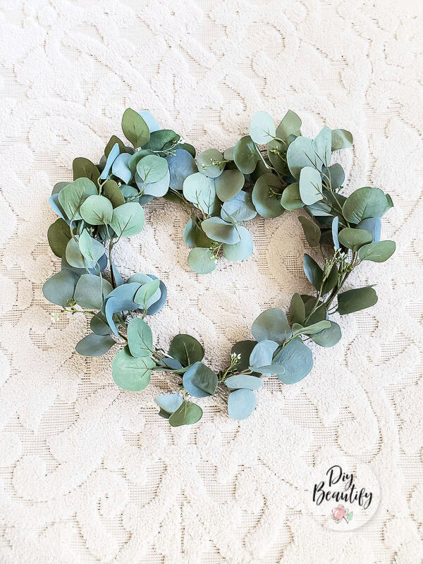 eucalyptus heart shape wreath decor
