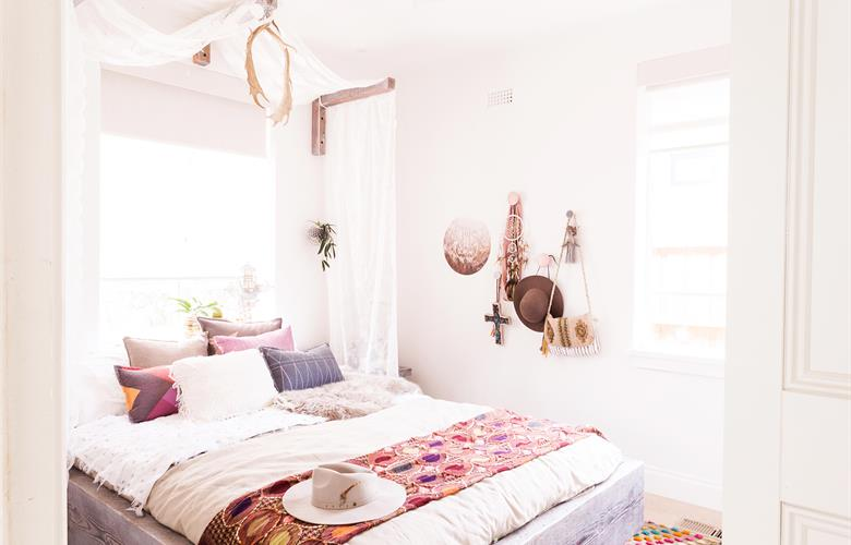 how to tap into your inner bohemian with a beach boho interior | a visual merriment