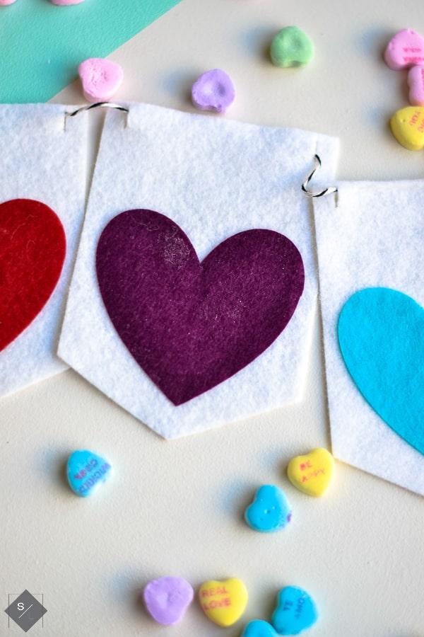 felt heart valentines day decoration bunting