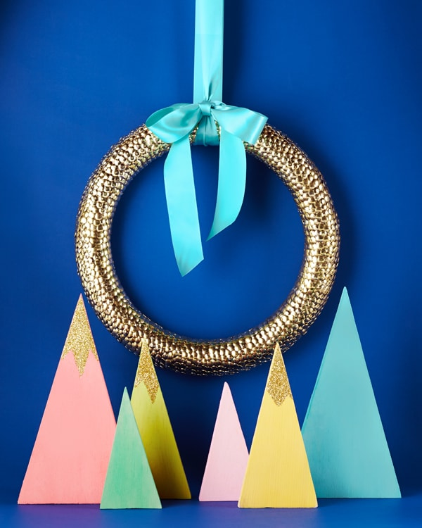 Gold thumbtack wreath