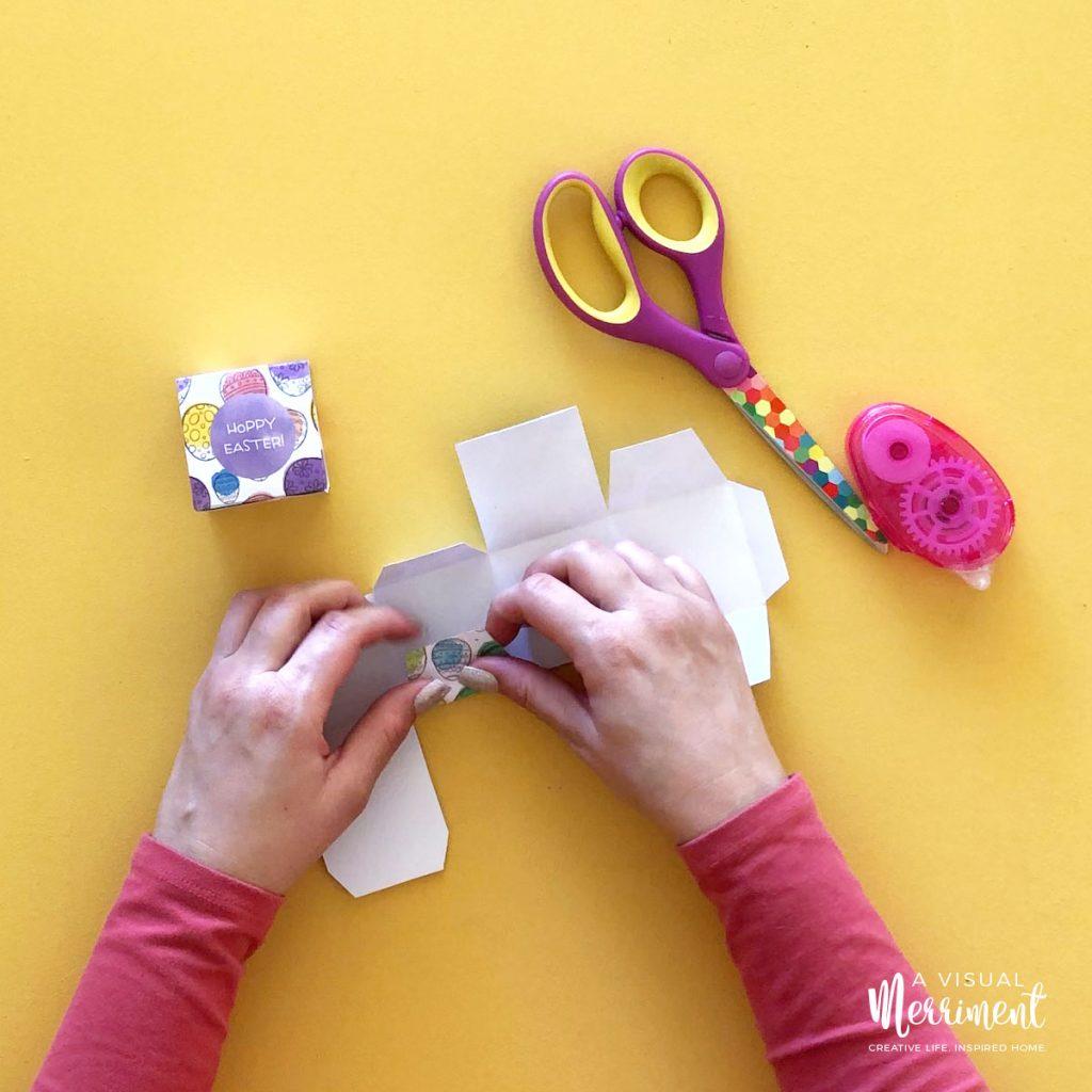 Folding Easter printable treat box