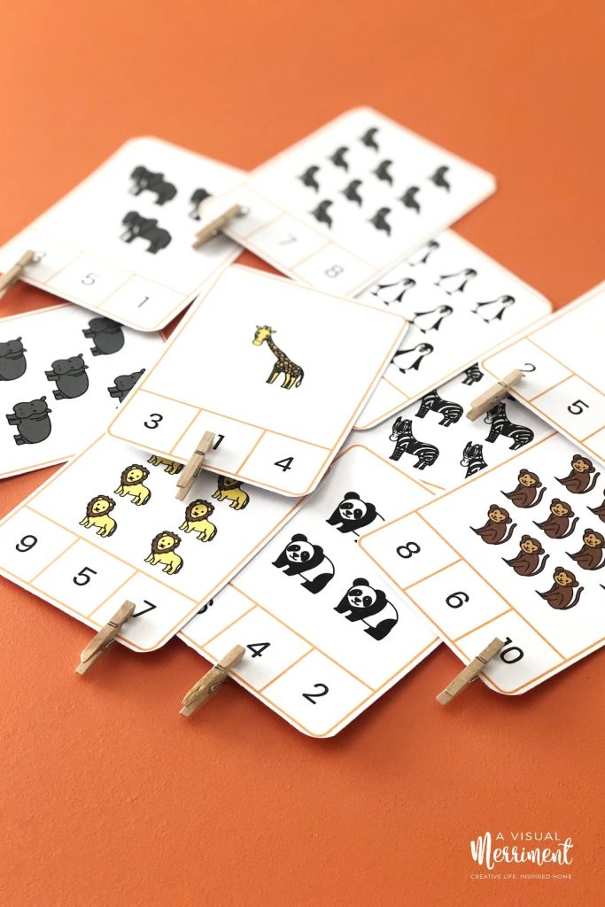 pegs on count n clip cards